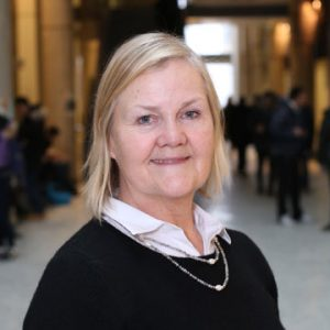 Dr. Lesley Warren is the latest professor to join the Faculty as the Claudette MacKay-Lassonde Chair in Mineral Engineering within the Department of Civil Engineering.